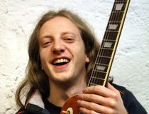 Alex Dunkel – Gitarre